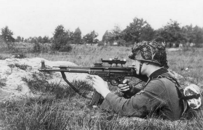 Масштабные оружейные проекты Третьего рейха (7 фото)