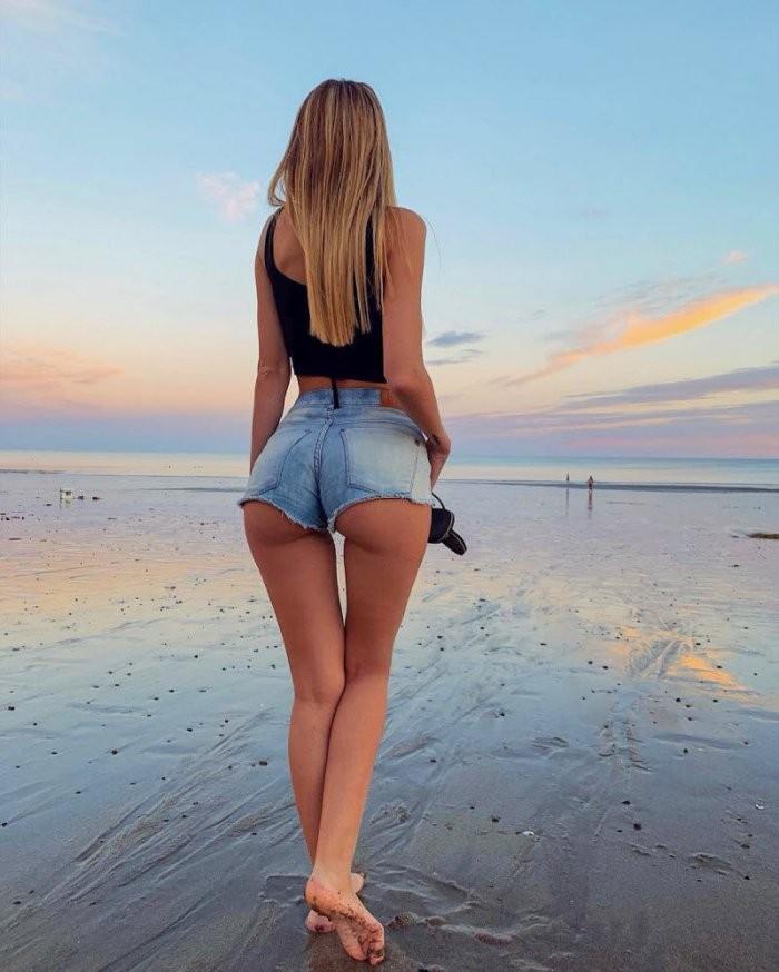 Девушки в джинсе (30 фото)
