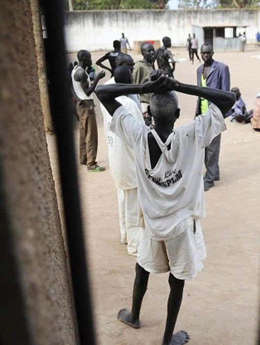 Тюрьма в Южном Судане (21 фото)