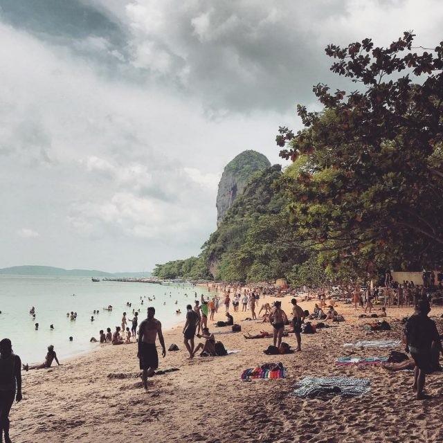 Туристические места в Instagram и в жизни (20 фото)