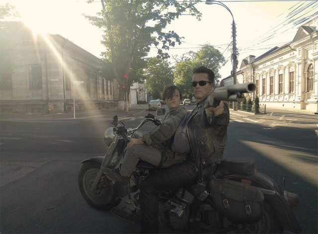 """Эпизоды из всемирно известных фильмов в """"наших"""" локациях (9 фото)"""