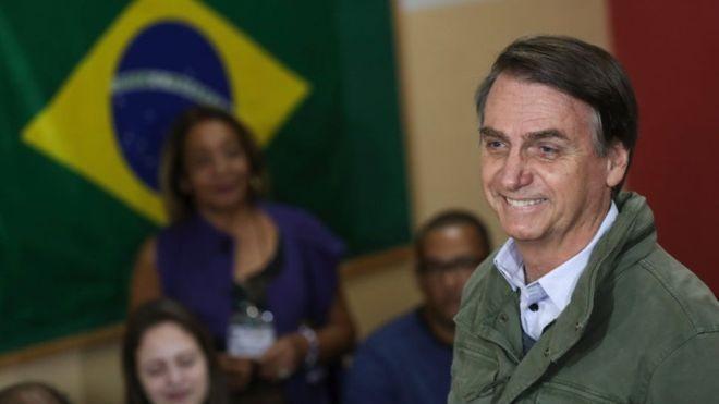 Президент Бразилии чуть не привез 40 кг кокаина на G20 (2 фото)