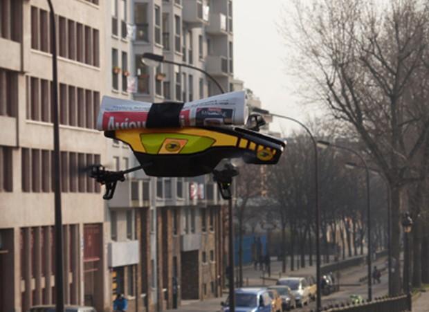 Во Франции появятся летающие почтальоны (3 фото)