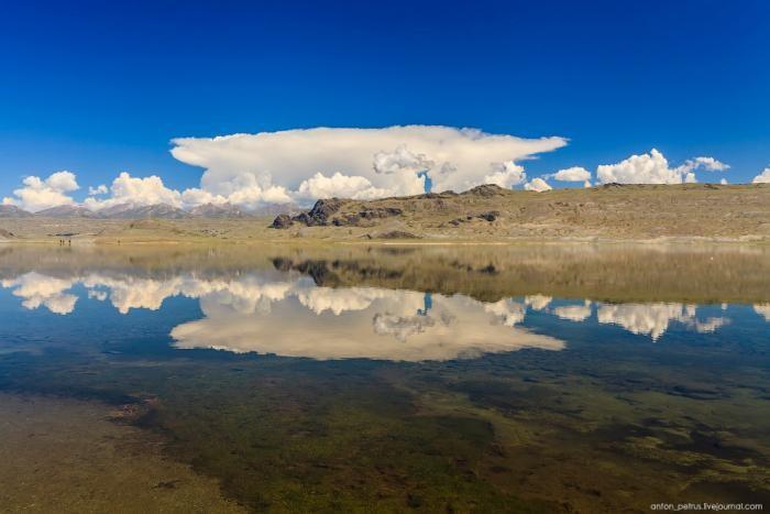 Красивейшее озеро Монголии (16 фото)