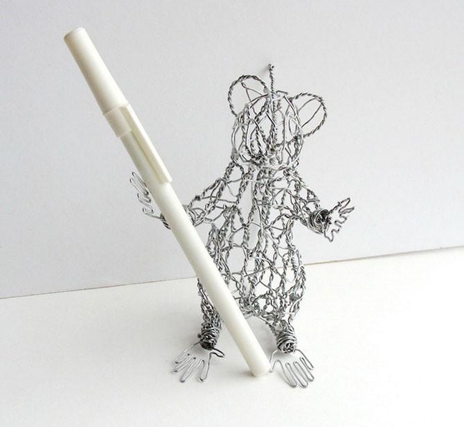 Проволочные скульптуры (18 фото)