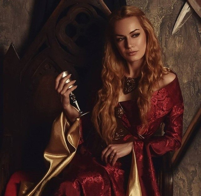 """Мария Ханна в образе Серсеи Ланнистер из """"Игры престолов"""" (7 фото)"""