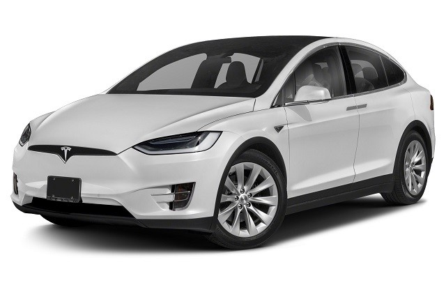 Женщина смогла отсудить у Tesla почти 20 млн рублей (2 фото)