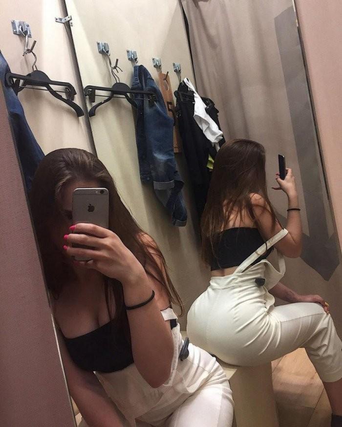 Девушки из социальных сетей (22 фото)