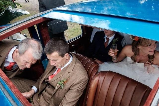 Закадровая жизнь на свадьбе (27 фото)