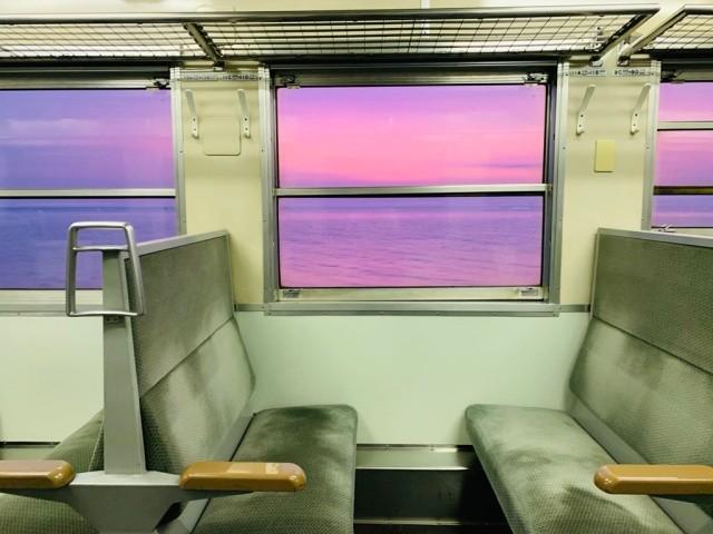 Потрясающий вид из поезда в Японии (3 фото)