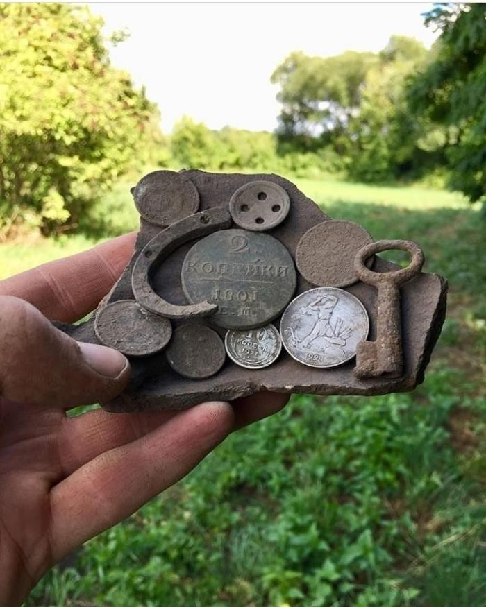Интересные находки, сделанные металлоискателем (30 фото)