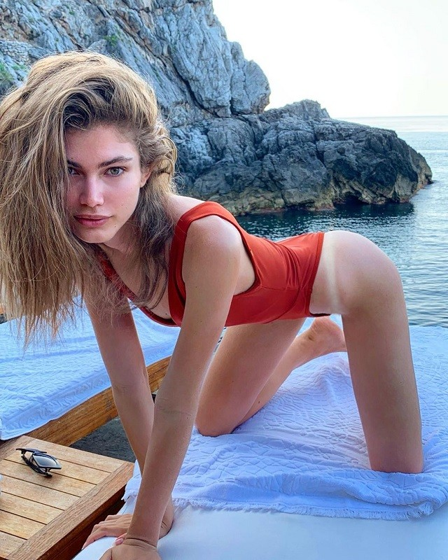 Валентина Сампайо - новая звезда Victoria's Secret (17 фото)