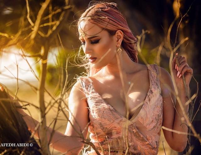Нермин Сфар - 21-летная исполнительница танца живота (11 фото)