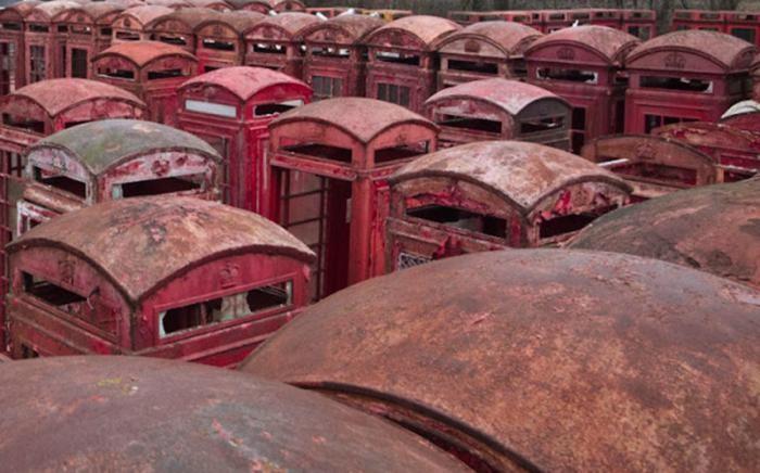 Самые необычные кладбища мира (15 фото)