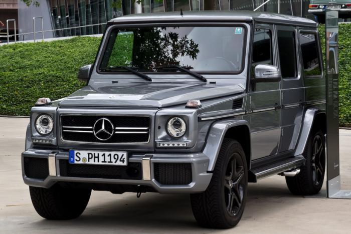 За какие автомобили россияне готовы платить от $100 000 (11 фото)