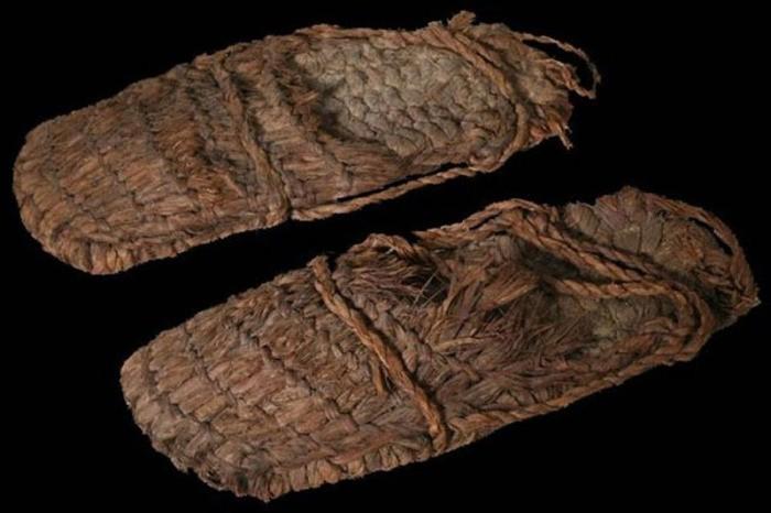 Самые древние образцы одежды, найденные археологами (8 фото)