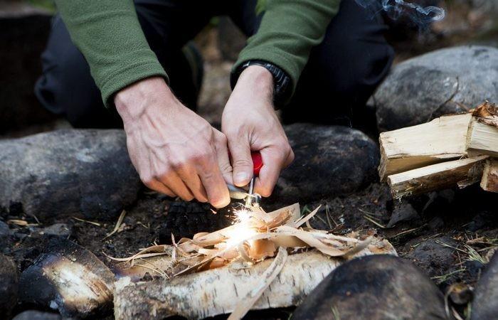 Добываем огонь при помощи подручных средств (8 фото)