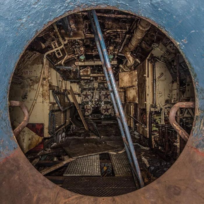 Фотограф Боб Тиссен и его атмосферные снимки заброшенных мест(25 фото)
