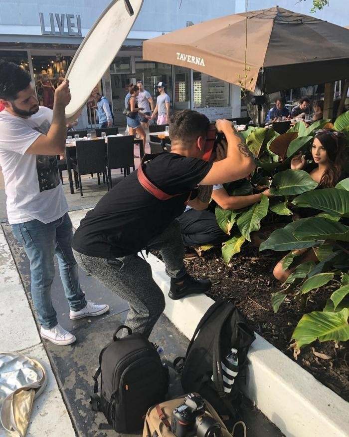 Фотограф показал, как проходят съемки со стороны (30 фото)