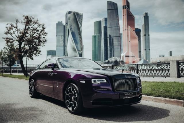 В Rolls-Royce представили машину «специально для москвичей» (8 фото)