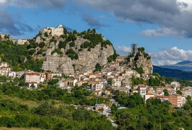 Молизе - маленький рай в Италии, в котором людям платят (4 фото)