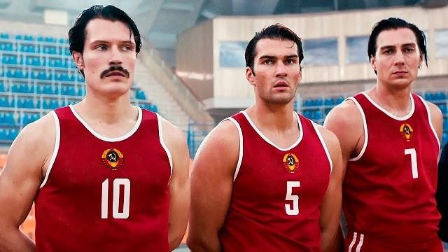 Китайских олимпийцев обязали смотреть российский фильм (2 фото)