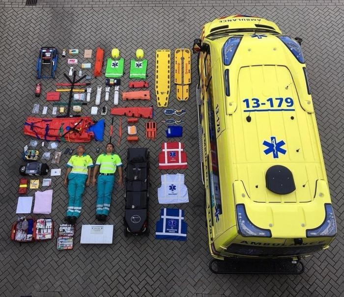 Tetris Challenge:флешмоб среди военных,полицейских и пожарных (19 фото)