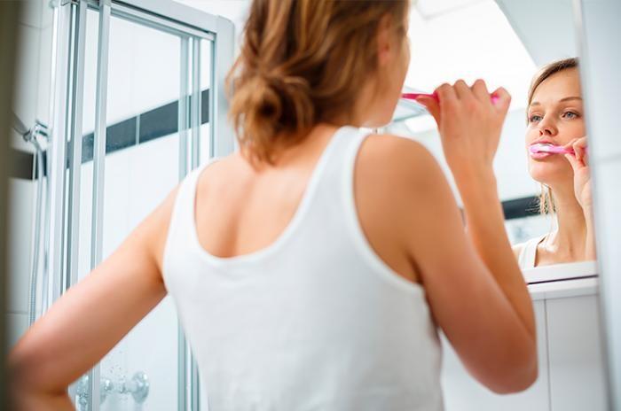 Основные правила чистки зубов (2 фото)