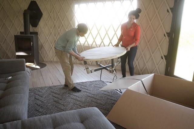 Пара решила построить юрту, а в итоге получился дом их мечты (50 фото)