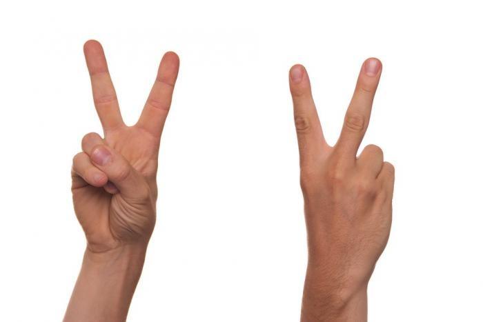 Китайские хакеры научились красть отпечатки пальцев с фото (2 фото)
