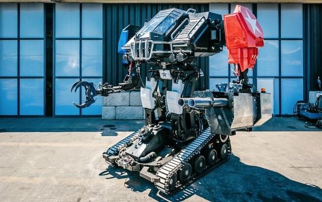 Компания MegaBots продаёт боевого робота (4 фото)