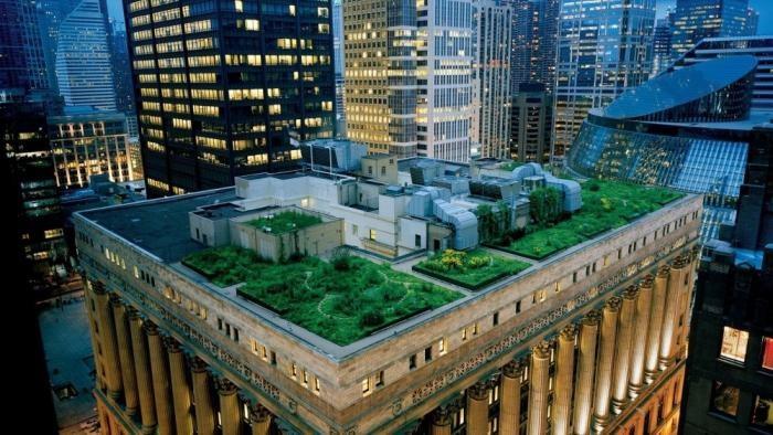 Здание с садом на крыше (12 фото)