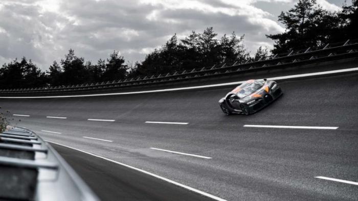 Чем закончилась история самой быстрой машины на планете (17 фото)