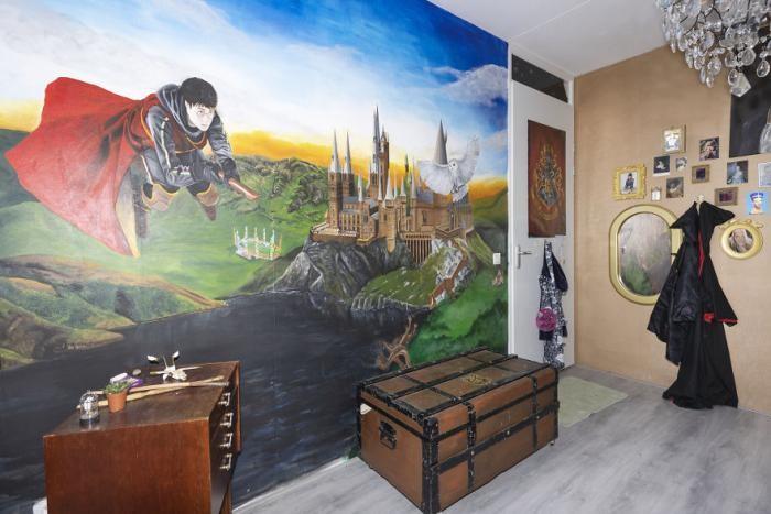 Мама превратила комнату дочери в Хогвартс (19 фото)