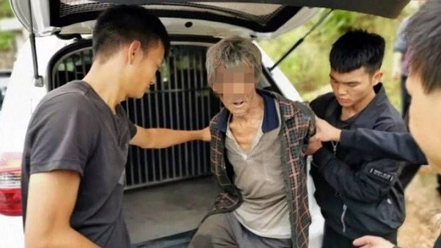 В Китае дроны нашли работорговца который 17 лет прятался (4 фото)