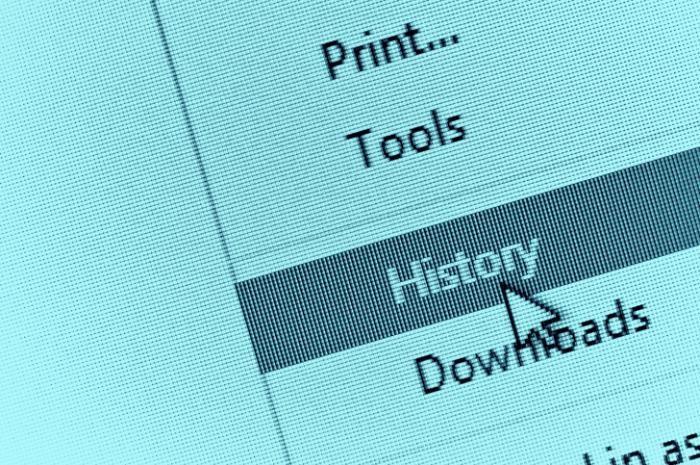 Признаки того, что вредоносное ПО находится на компьютере (9 фото)