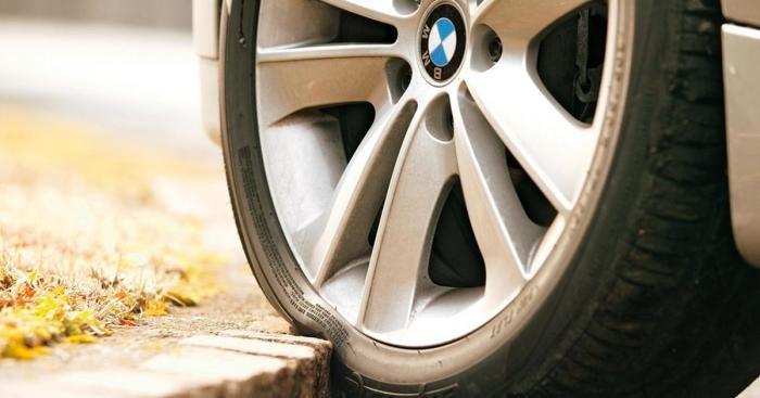 Крупные колеса автомобиля ухудшают качество езды (4 фото)