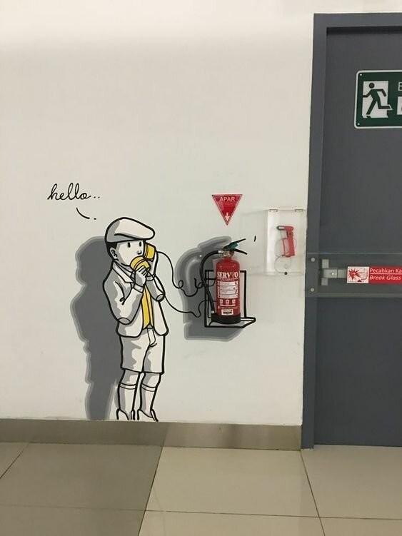 Использование огнетушителя в творчестве (15 фото)
