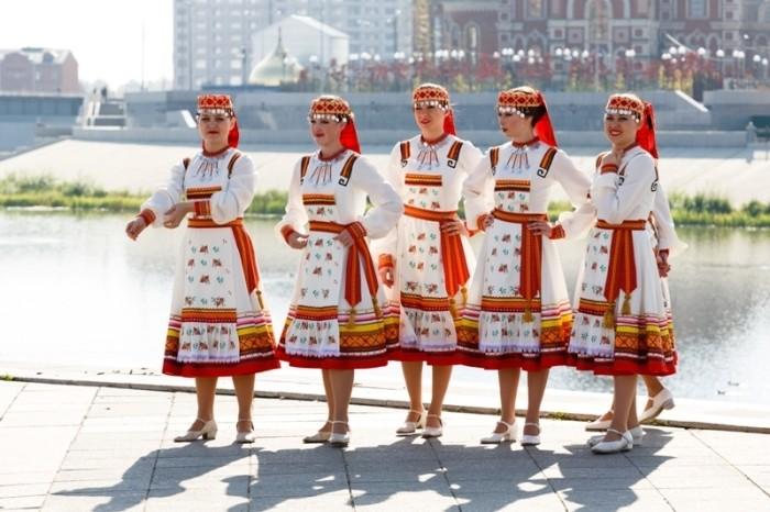 Чья кровь течёт в жилах славянских народов (6 фото)