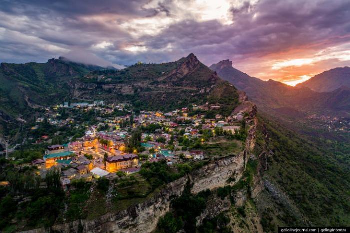 Село, парящее в небесах (10 фото)