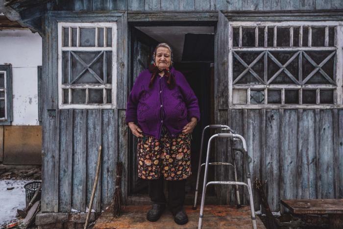 Как живут люди в Чернобыльской зоне отчуждения (30 фото)