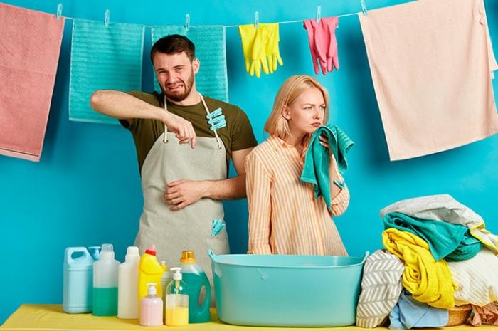Лучшие способы для удаления запаха с одежды (2 фото)