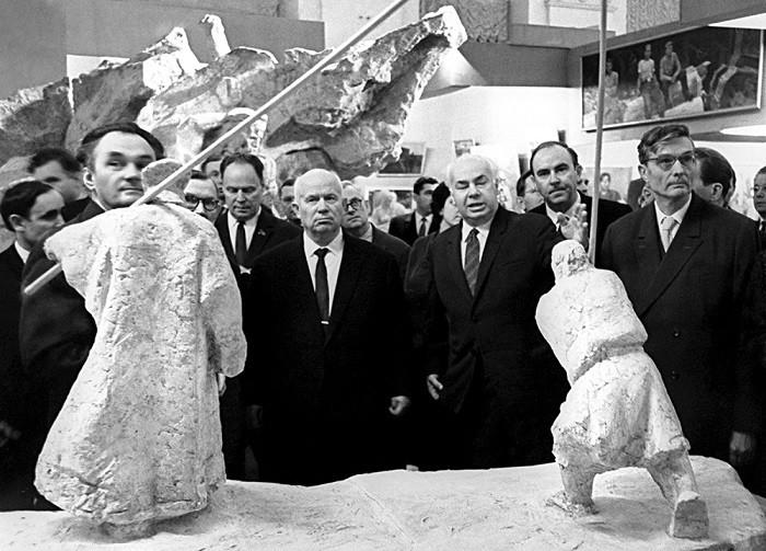 Известные фразы, которые остались в память о Хрущёве (4 фото)