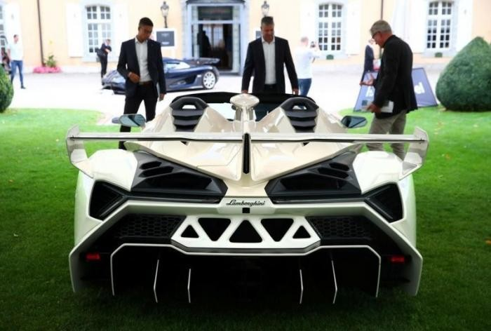 Самый дорогой Lamborghini в истории (17 фото)