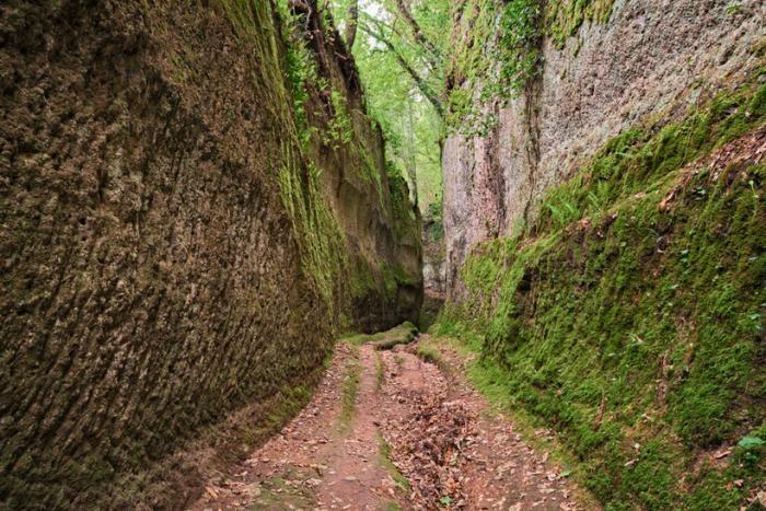 Путешествие по старинным дорогам Италии (5 фото)