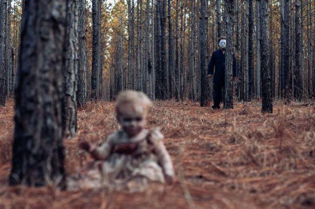 Жутковатая семейная фотосессия для Хеллоуина (10 фото)