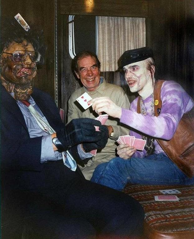 За кадром фильмов ужасов (16 фото)