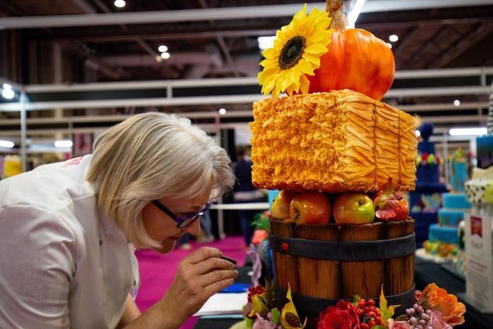 Кондитерский фестиваль с реалистичными сладостями (20 фото)