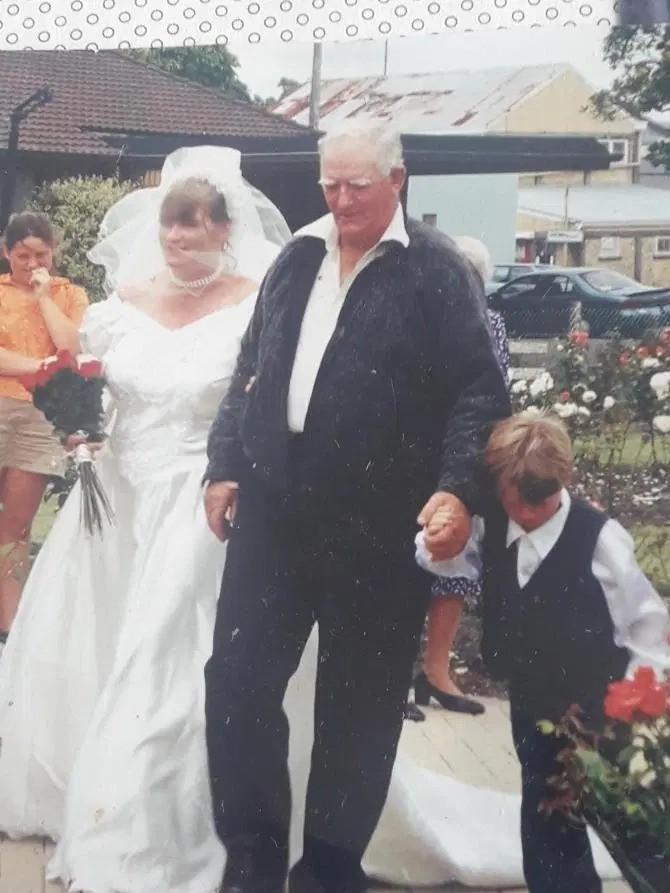 Женщина, потерявшая память, повторно вышла замуж за мужа (5 фото)