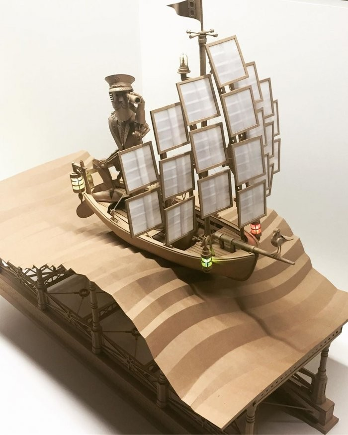 Парень делает шедевры из картонных коробок (11 фото)